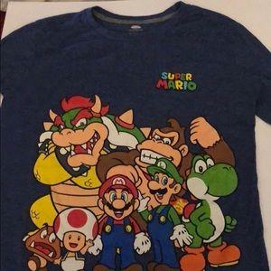 Super Mario shirt like new